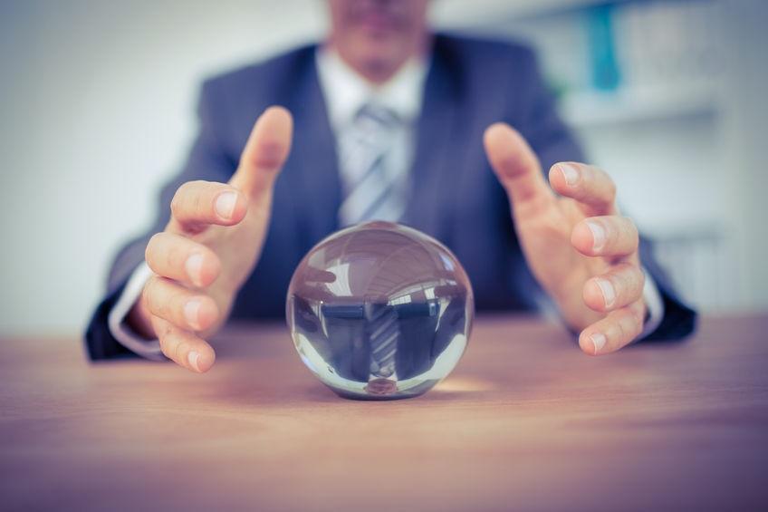 """La """"bola de cristal"""" en las empresas familiares"""