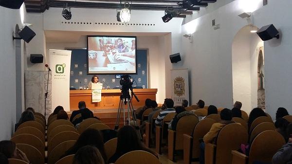 Conferencia sobre Protocolo Familiar en Utrera